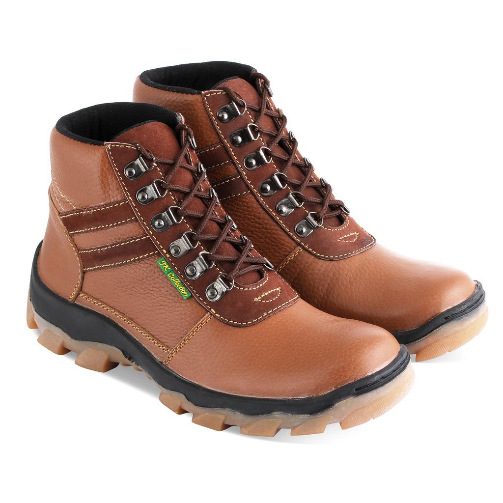 Sepatu gunung IS003